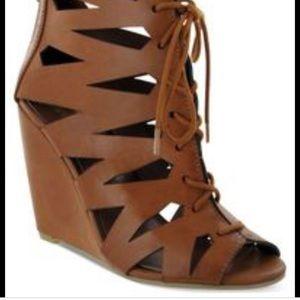 Mia wedge heel sandals! New never worn. Size 7